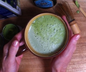 Green Tea Latte recipe from Lucky Duck Living organic tee founder Thais Zoe